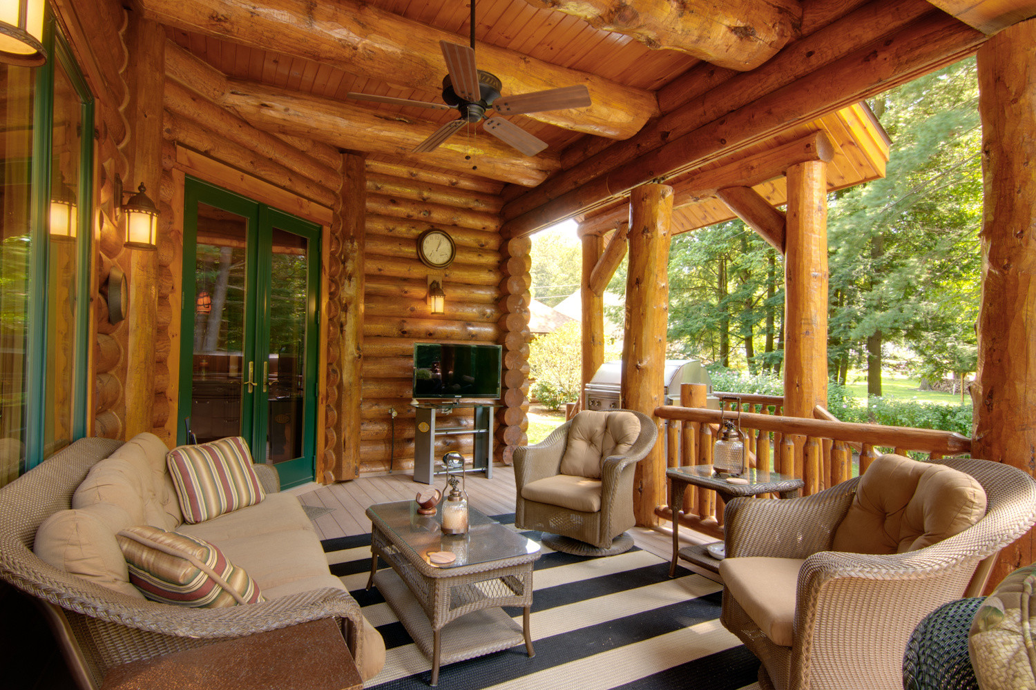 Super Outdoor Entertainment Areas For Your Log Home Download Free Architecture Designs Boapuretrmadebymaigaardcom