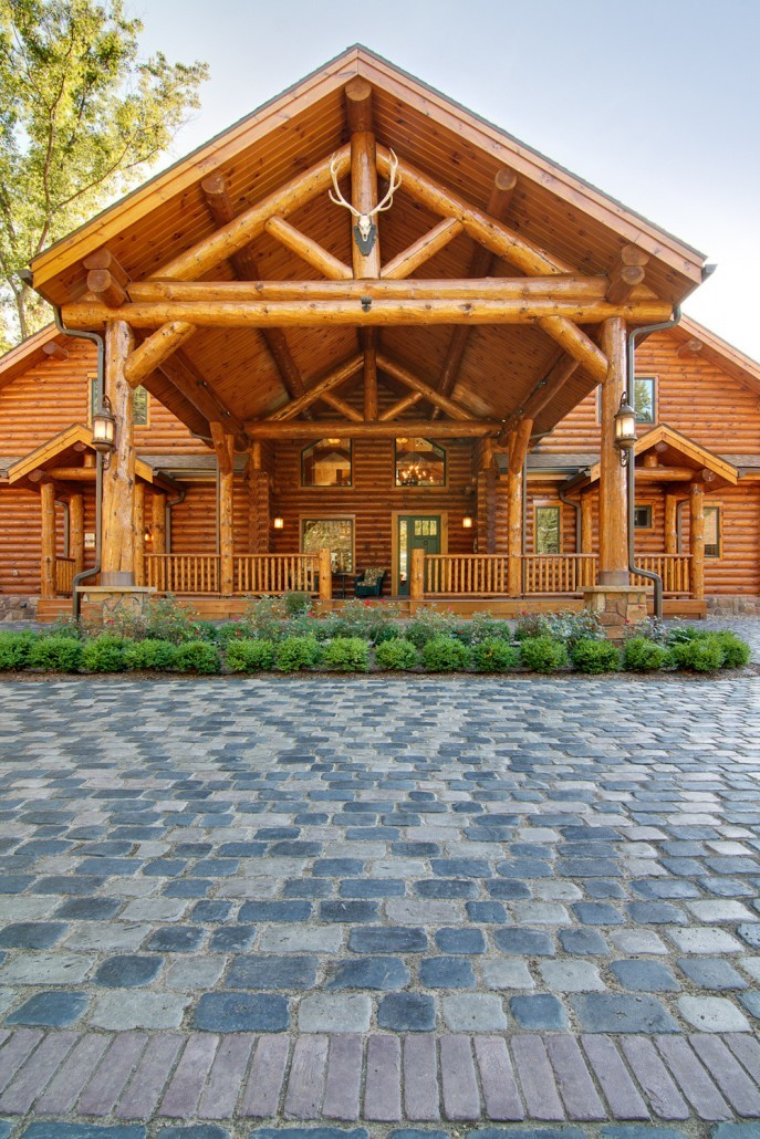 Grand Entrance for Grand Log Home