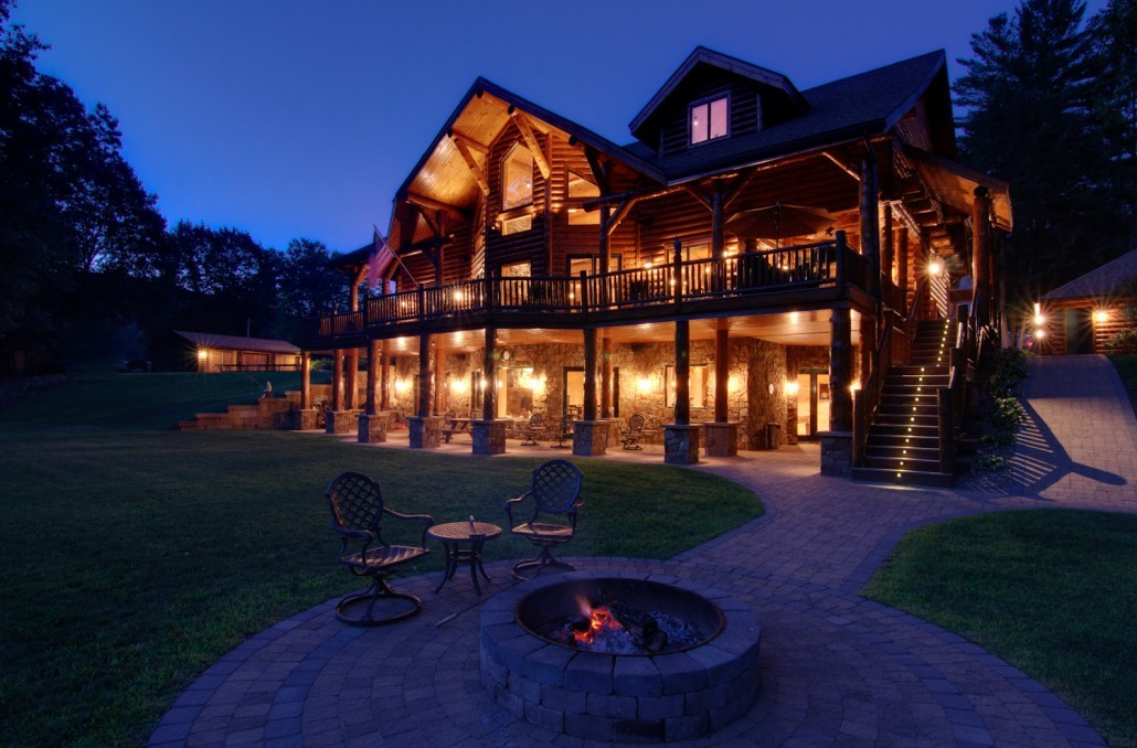 Backyard Fire Pit - Log Home Living