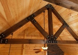 Contrasting King Post Truss