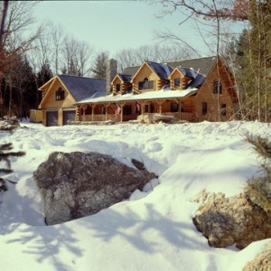 log home in the snow, built in the winter, winter build, building a log home in the winter, Timberhaven, log homes, timber frame homes, under construction