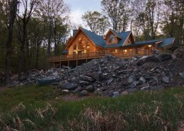 Log Home Living at its Best...