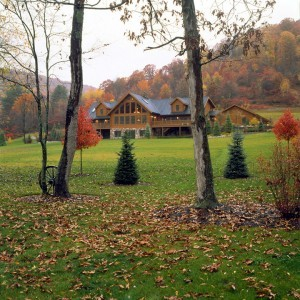 log home in a fall setting, fall events, fall log home planning seminar, fall national trade shows, fall open houses, log homes, timber frame homes, Timberhaven