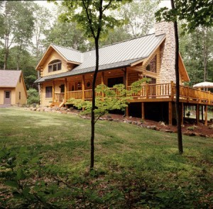 Log Home Adapts To The Setting