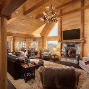 Sacchini Log Cabin Great room